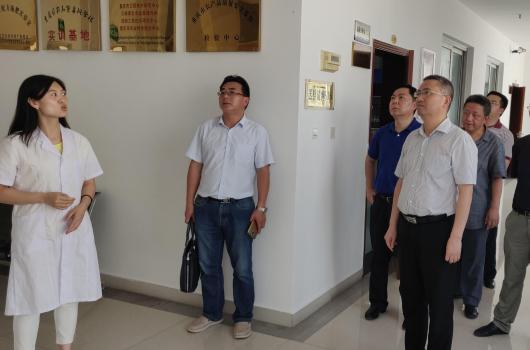 王全兴带队赴重庆市农科院开展调研交流